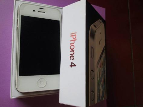 iphone 4 8gb fu second